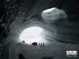 Free Wallpaper - Ice Caves in Langjokull