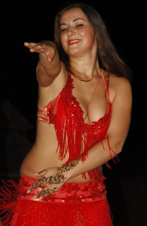 Dubai Belly Dancer